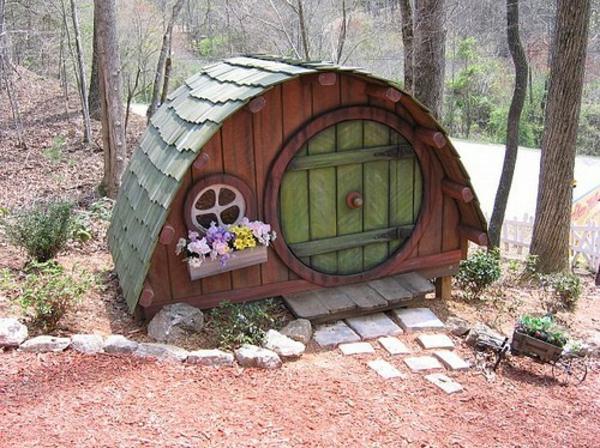 Hobbit-hundehütte-tolle-idee