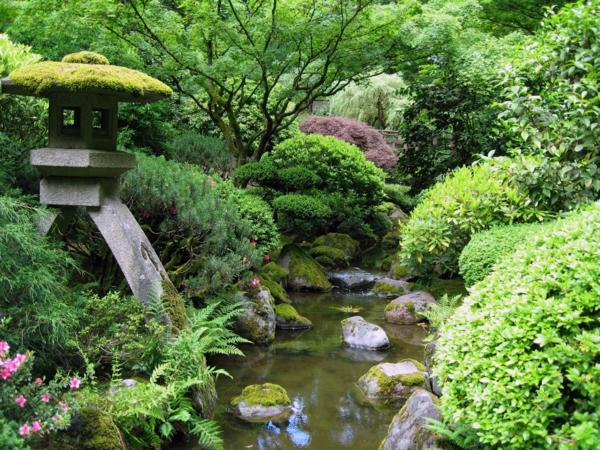 Japanischer-Garten-mit-tollem-Design-
