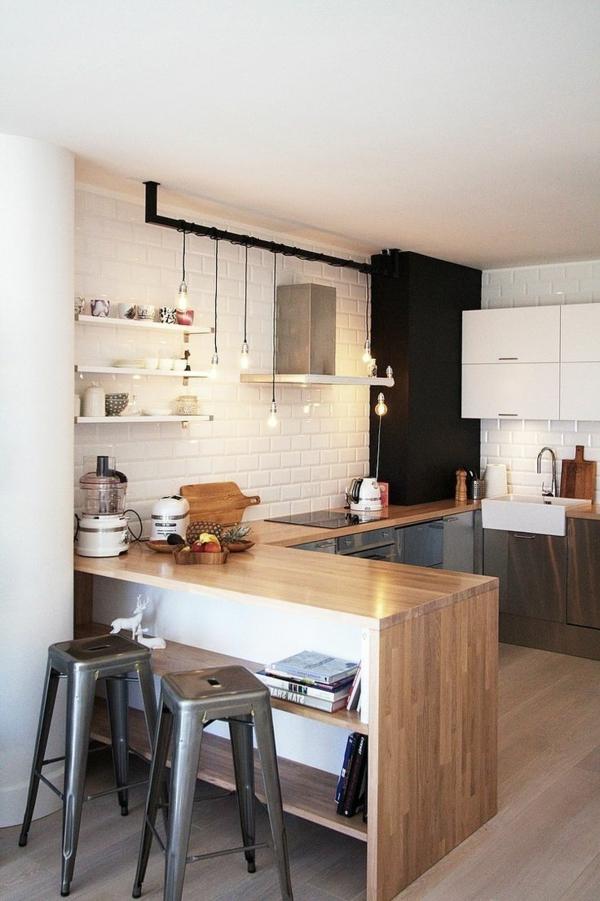 Küche-Bar-aus-Holz-zwei-Hocker-Design-Idee