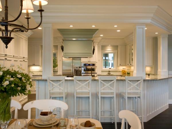 Küche-Bar-in-weißer-Farbe-Interior-Design