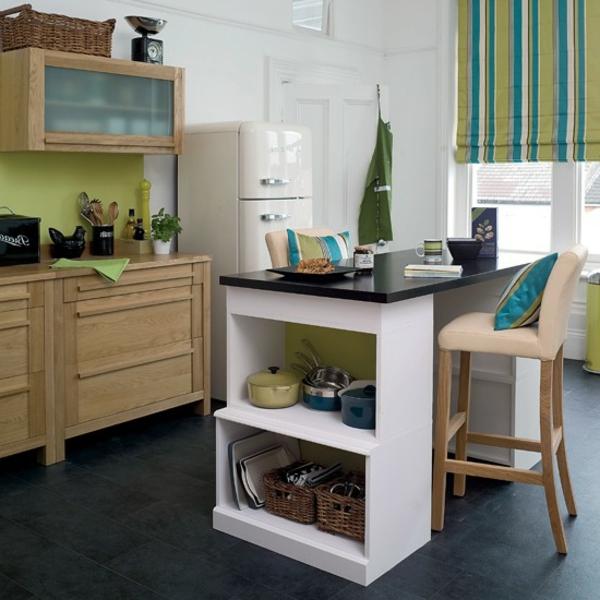 Design-Idee-Küche-mit-Bar-Design