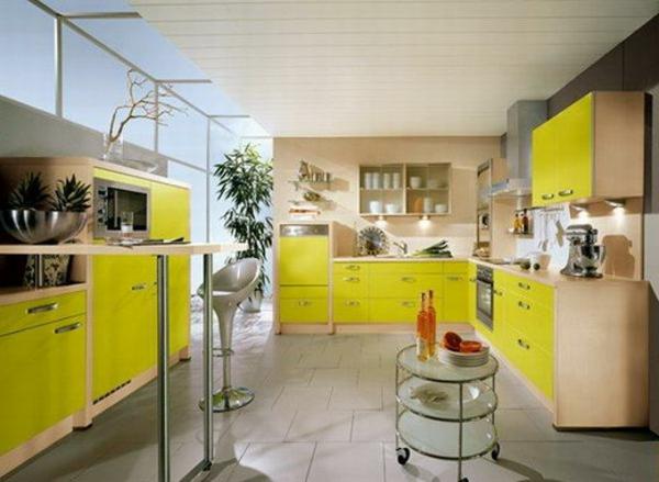Küchengestaltung-mit-Farbe-Gelb