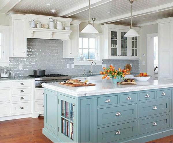 Küchengestaltung-mit-Farbe-Hellblau