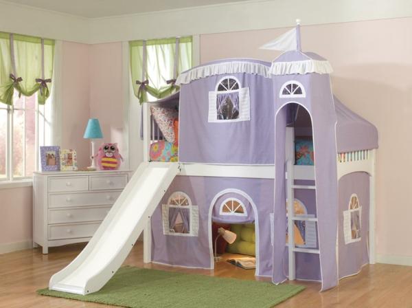 Kinderzimmer-Bett-mit-Rutsche--