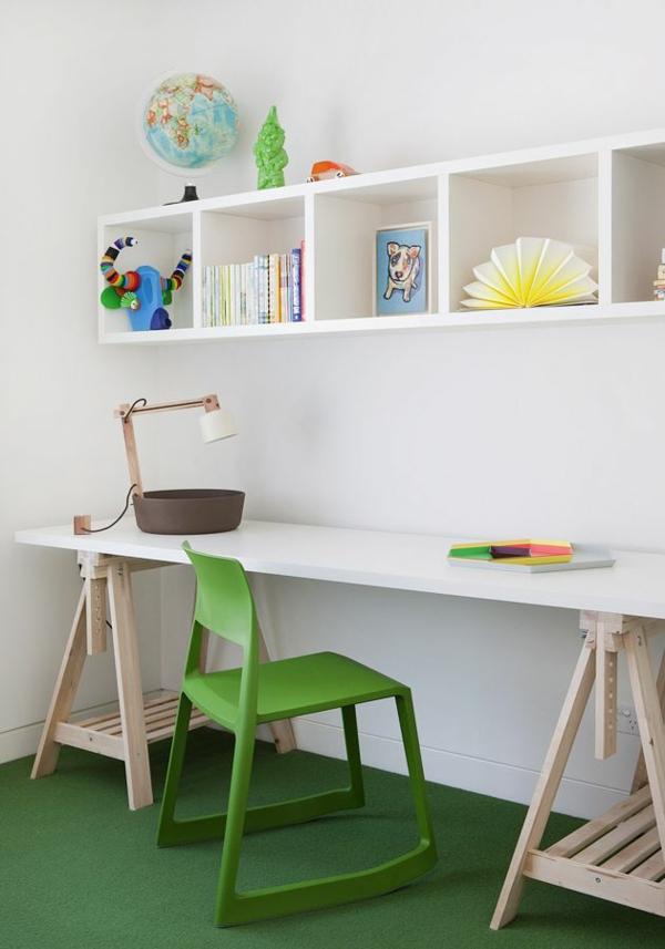 tolle-Kinderzimmergestaltung-mit-grünem-Teppich