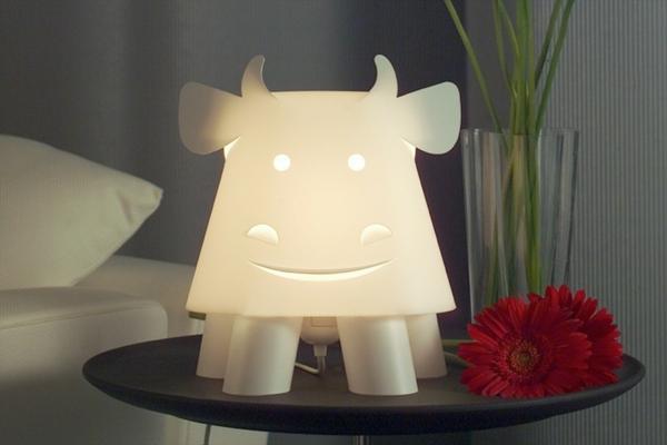 Lampe-für-Kinderzimmer-Zoo-Themen-Kuh