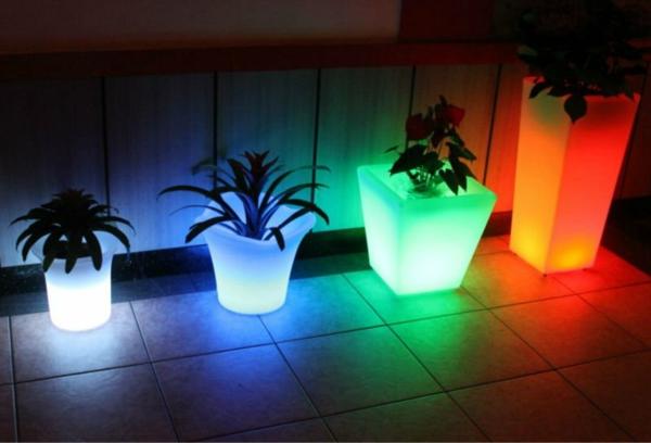 Led Beleuchtete Blumentöpfe In Verschiedenen Farben Idee