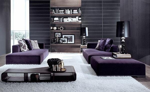 Lila-Sofas-weißer-Teppich