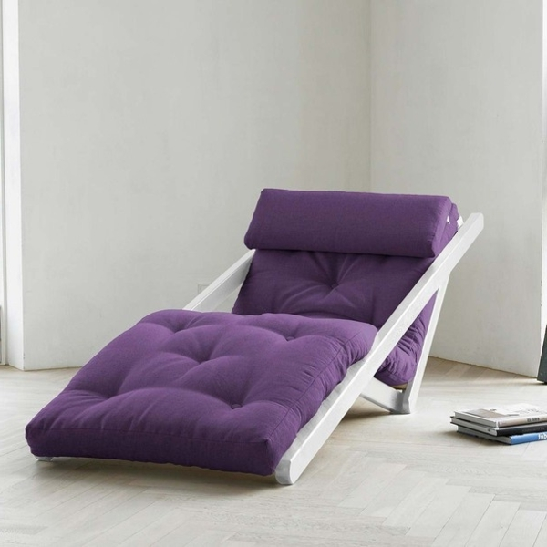 Lounge-Sessel-in-Lila-Design-Idee