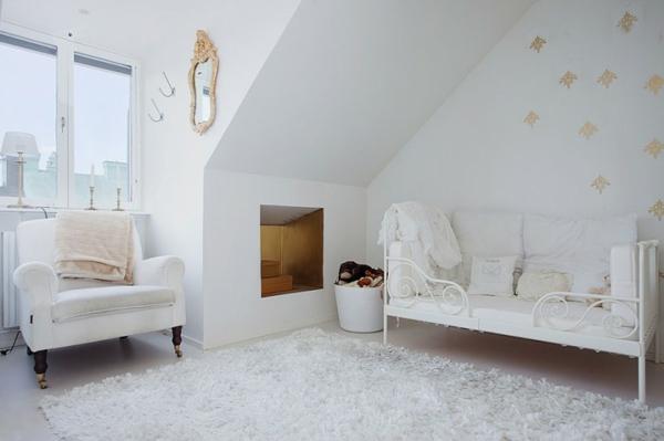 Mansarda-Teppich-in-Farbe-Weiß