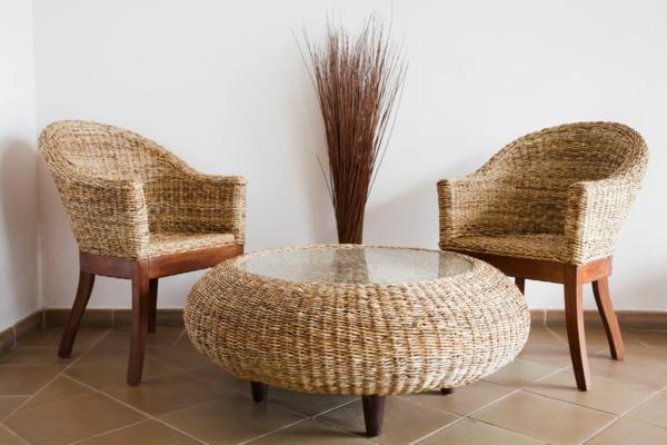 Rattan-Tisch-rund-Stühle