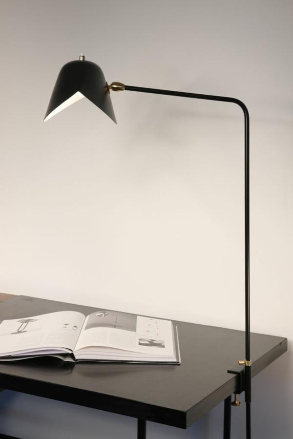 Schreibtischlampe-mit-interessanter-Form-Design-Idee