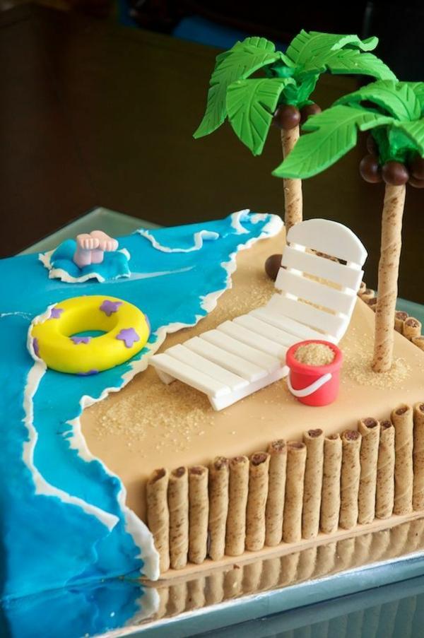 Strand-und-Palmen-Dekoration-für-eine-Torte-Ideen