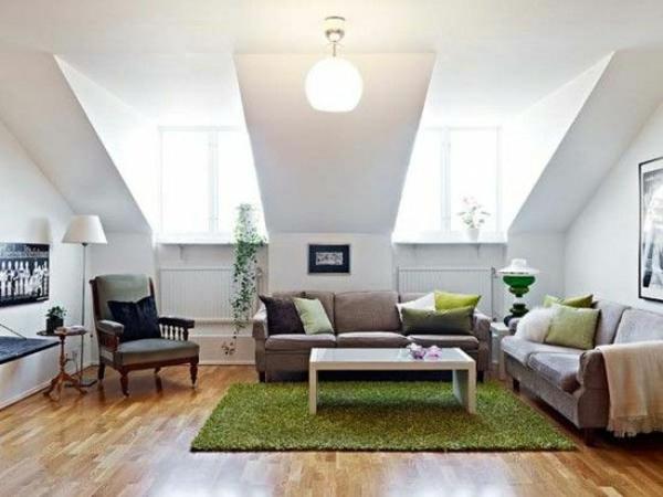 Teppich-in-Grün-im-Dachgeschoss