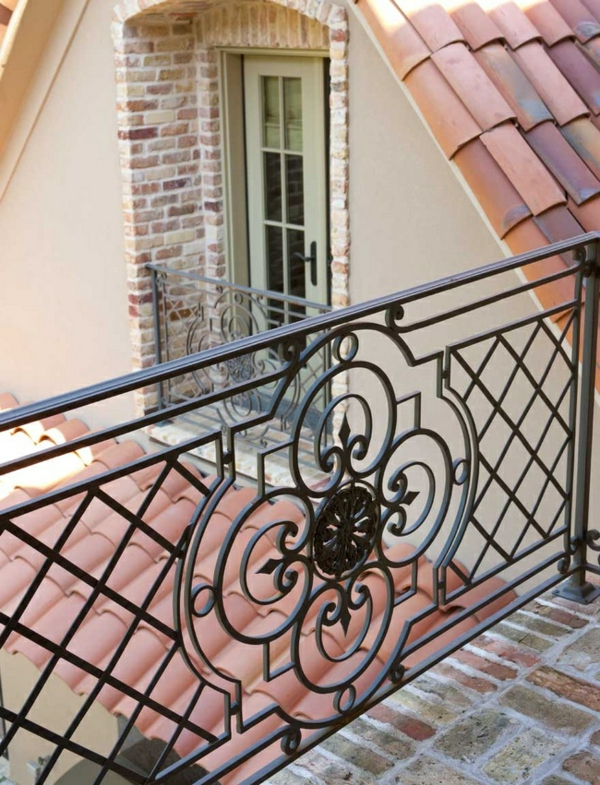 gel nder f r balkon tolle vorschl ge. Black Bedroom Furniture Sets. Home Design Ideas