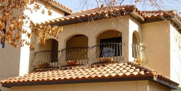 Terrassengeländer-am-Haus