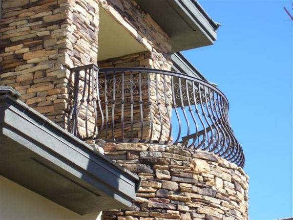 Terrassengeländer-wunderbare-Design-Idee