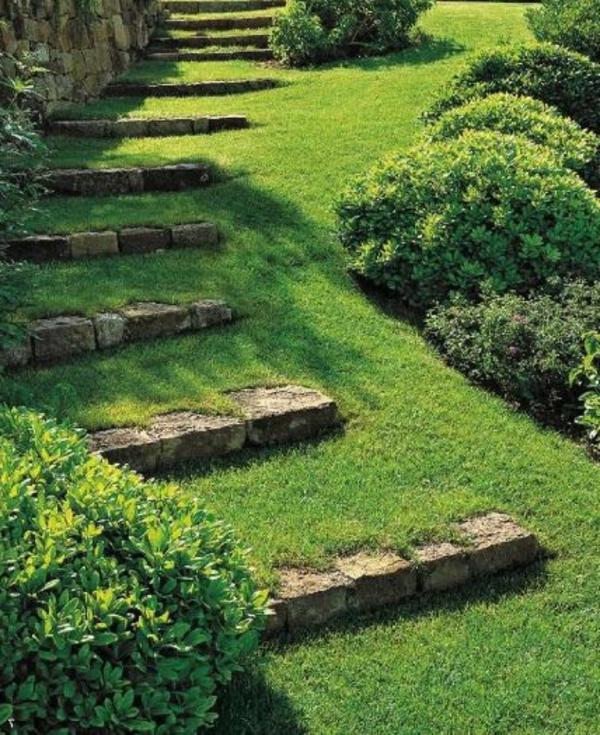 Treppen-mit-Grass-kreative-Gartengestaltung