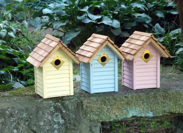 Vogel-Futterhäuser-selber-machen-Pastellfarben