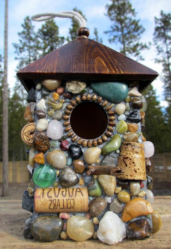 Vogel-Häuser-Design-mit-Steinen-Idee