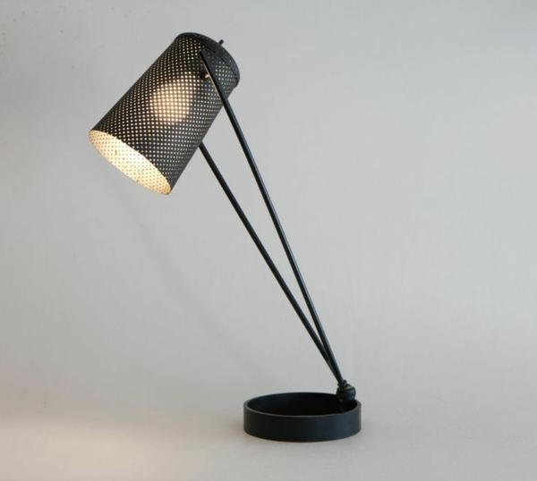 außergewöhnliche-Schreibtischlampe-Idee-Schwarz