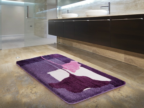 badematten-clara-bad-lila-rosa-badezimmergestaltung