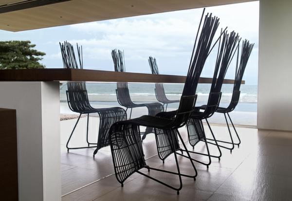 balkon-lounge-möbel-extravagante-stühle