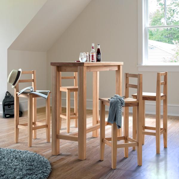 bartisch-kernbuche-mit-stühlen-im-Zimmer