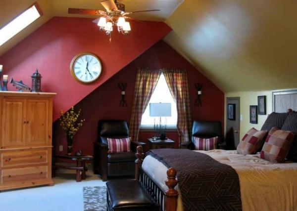 bequemes-schlafzimmer-im-dachgeschoss