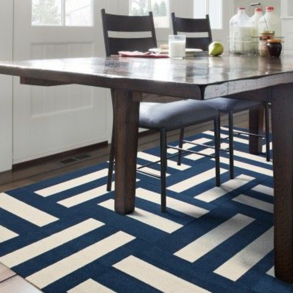 super sch ne blaue teppiche. Black Bedroom Furniture Sets. Home Design Ideas