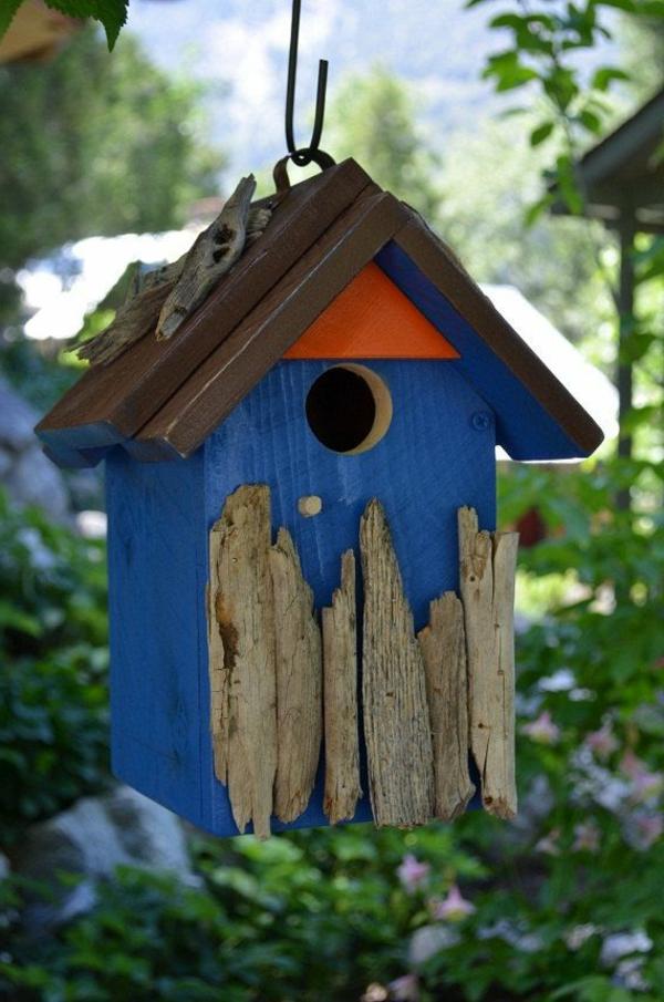 blaues-Haus-für-Vogel-Dersign-Idee