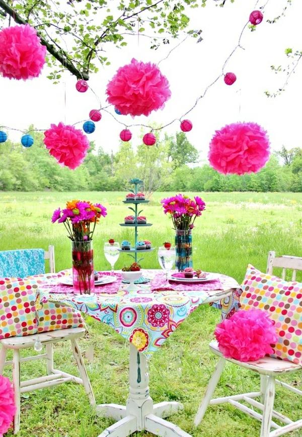 bunte-Gartendekoration-Ideen-Rosa