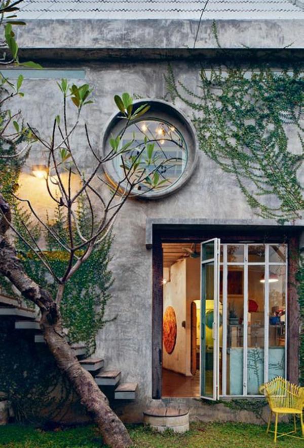 cool-Fenster-rund-von-Draußen-Haus