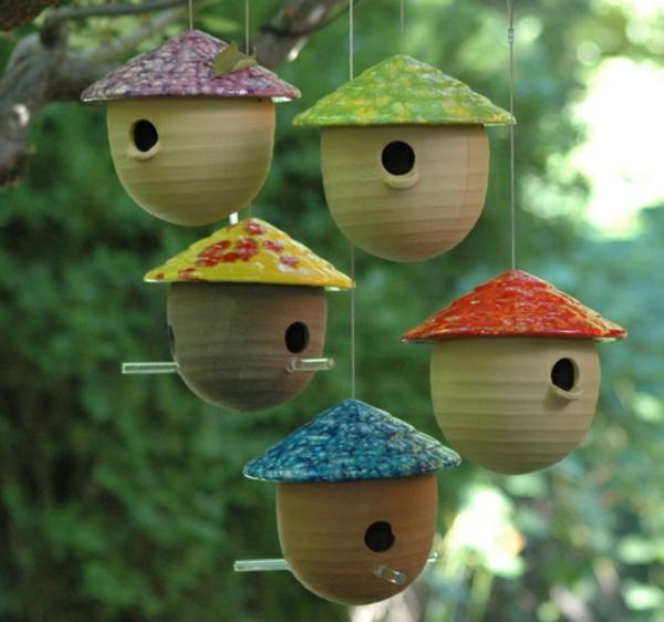 coole-Vogel-Futterhäuser-selber-machen-Eichel