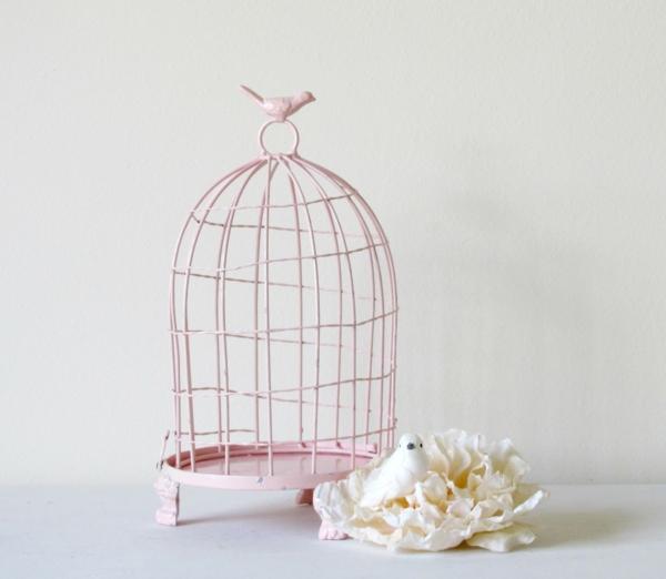 deko-vogelkäfig-mit-einem-zärtlichen-look