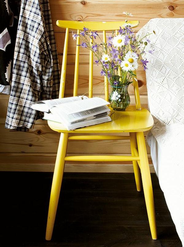 dekorativer-gelber-Stuhl-Designidee