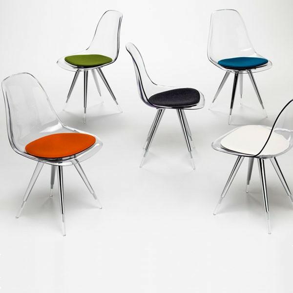 designer-stuhl-verschiedene-farben-durchsichtig