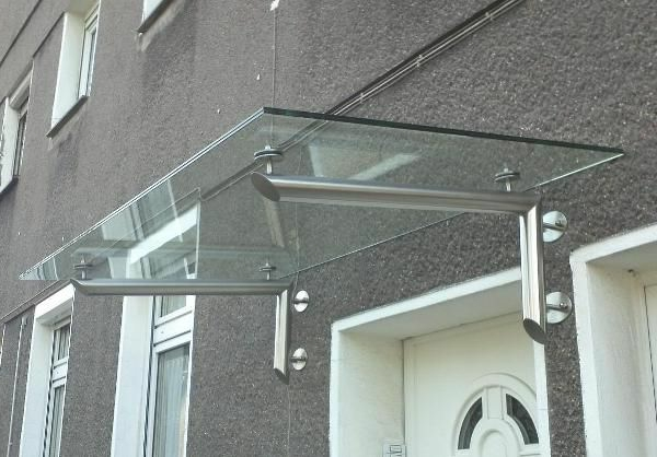 edelstahlvordach-glasvordach-eingangstür