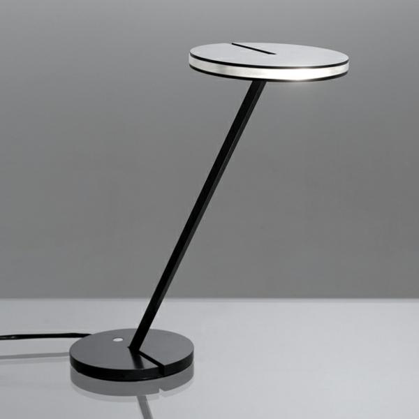 effektvolle-Designer-Schreibtischlampe-Idee