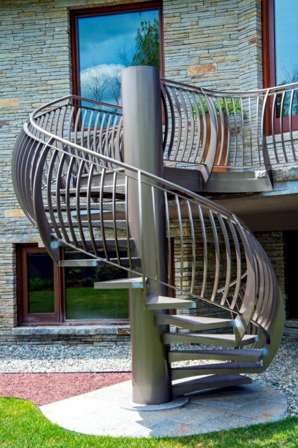 erstaunliche-Spindeltreppe-Designidee-exterior-Design