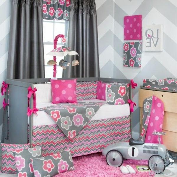 fantastische-Babyzimmer-Dekoration in.-Rosa
