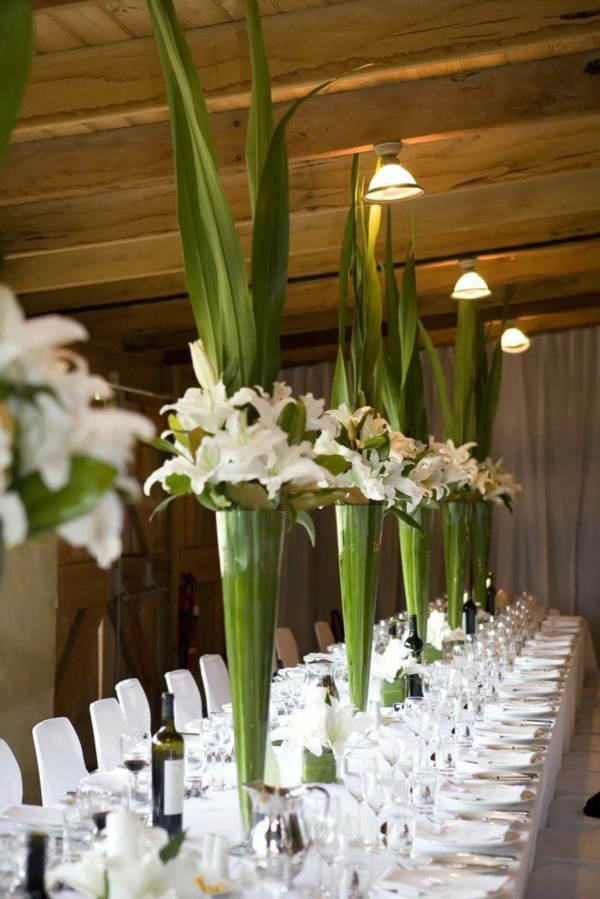 Frische ideen f r tischdeko in gr n und wei - Tischdeko orchideen ...