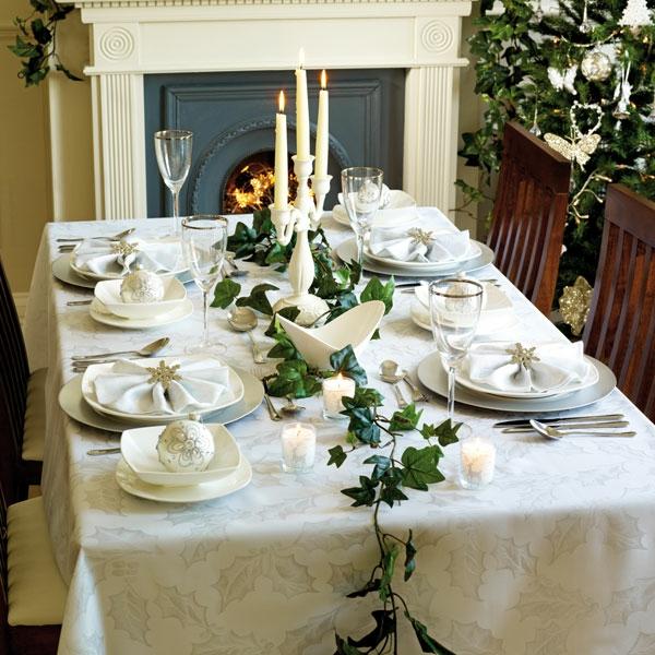 feierliche-Tischdekoration-Deko-Ideen-Blätter