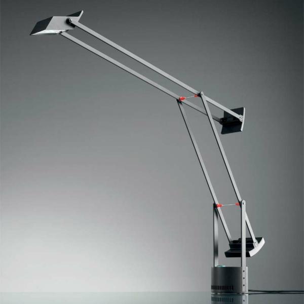 flexible-Designer-Schreibtischlampe-cooles-Design