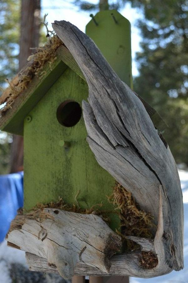 grüne-Vogel-Futterhäuser-selber-bauen