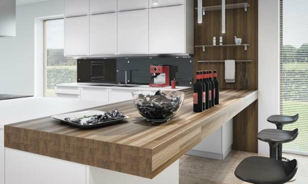 hölzerne-Bar-in-der-Küche-Design-Idee