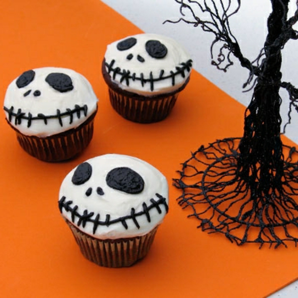 halloween-torten-drei-schädel