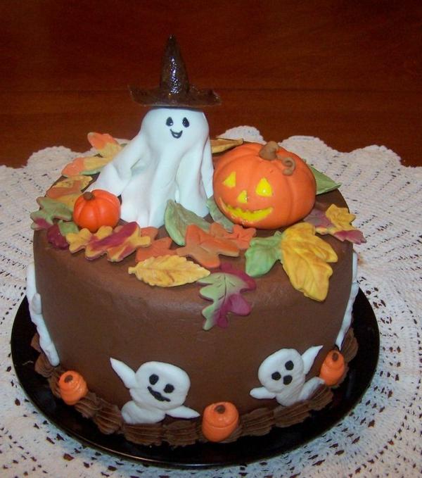 halloween-torten-geist-und-kürbis