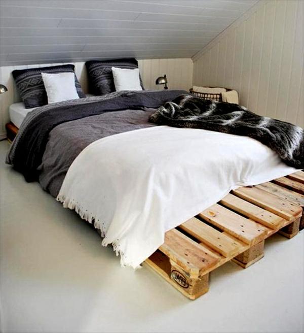 Bett aus Paletten - 32 coole Designs! - Archzine.net