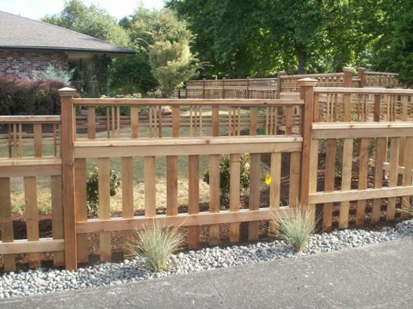 Gartenzaun aus holz tolle ideen for Idee gartenzaun